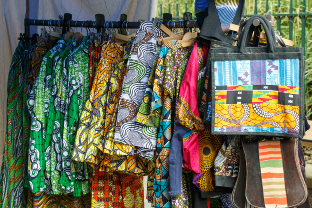 800px-african_street_style_festival_2016_-_colourful_african_style_clothing_for_sale